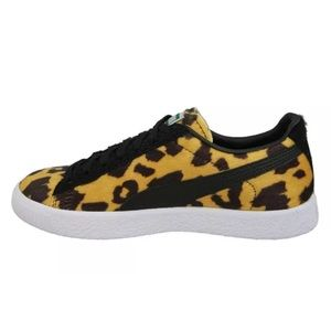 purchase cheap 76b05 43e48 Puma Shoes - Puma Clyde Suits Animal Pack Leopard Sneakers 8